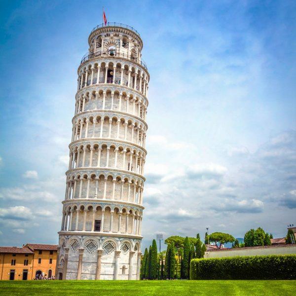 pisa tower image